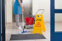 Treppenhaus putzen – Diese Regeln gibt es